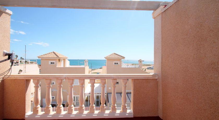 Дуплекс Las Calas с 2 спальнями, в 50м от моря. - 119.900 € - Ref: R 4654 - квартира в Torrevieja (Alicante)