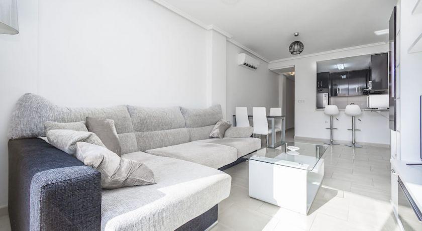 Красивая квартира в c / Maldonado 2 спальни год 2011 69900€---Ref: AL-309 - квартира в Torrevieja (Alicante)