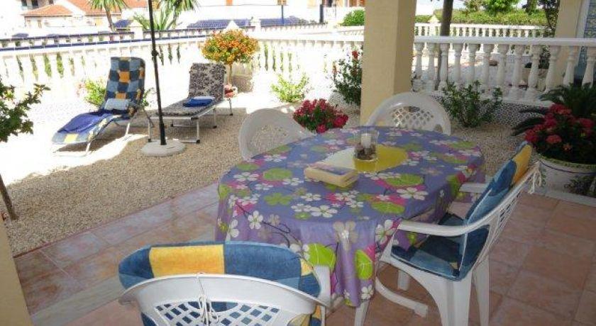 Великолепный угловой бунгало на нижнем этаже с 2 спальнями в Паркемар 5 - бунгало в Torrevieja (Alicante)