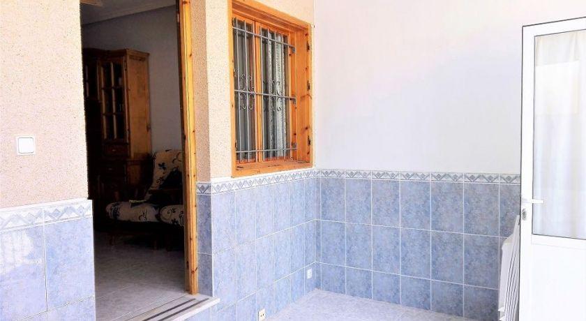 Отличный большом дом с 4 спальнями в Лос Альтос! Стоимость всего 111.000 € REF: 10 - дом в Лос Альтос (Alicante)