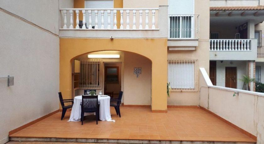 Дуплекс в престижном районе Кампоамор с 3 спальнями в свежем доме. Цена 115.000€ REF: 173 - 9060 - дом в Campomor (Alicante)